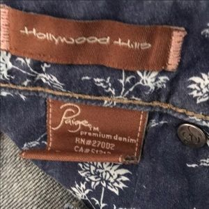 PAIGE Jeans - Paige Hollywood Hills Boot Cut Jeans. Size 25